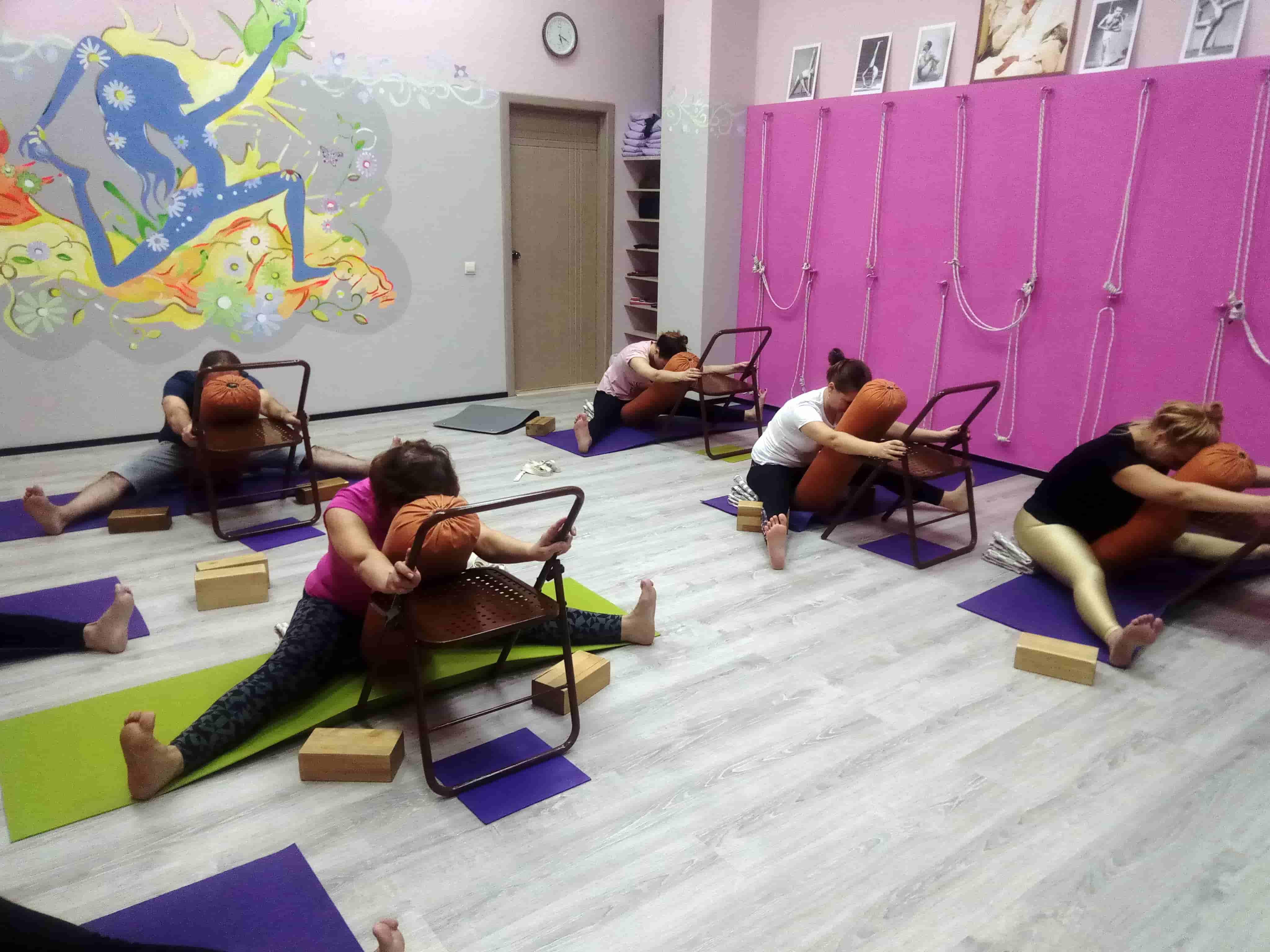 Уроки йоги фото (6)-min
